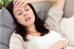 Los-síntomas-de-la-gripe-son-fiebre-repentina-dolor-de-cabeza-fatiga-dolores-musculares-dolor-de-garganta-o-tos